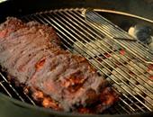 شوى اللحوم بالبهارات والفول السودانى