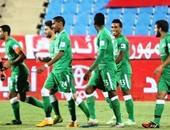 محمد عبد الشافى يحتفل مع لاعبى أهلى جدة