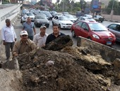 آثار انفجار مأسورة بشارع وزارة الزراعة