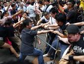 جانب من الاشتباك بين الأمن والمتظاهرين فى هونج كونج
