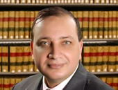 الدكتور خالد عزب