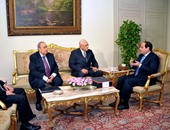 الرئيس عبد الفتاح السيسى يتسلم تقرير لجنة تقصى الحقائق