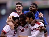 فرحة لاعبى قطر بالتأهل للنهائى الخليجى