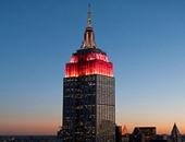 مبنى إمباير ستيت بنيويورك مضاء باللون البرتقالى