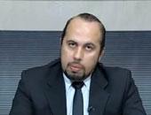 دكتور إيهاب محمد عيسى أستاذ جراحة المخ والأعصاب والعمود الفقرى بقصر العينى