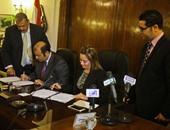 وزير التموين والتجارة الداخلية خلال توقيع بروتوكول التعاون مع تحالف 3 شركات