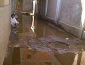 قرية طنط الجزيرة تغرق فى مياه الصرف الصحى