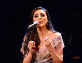 أنغام تتألق على مسرح أوبرا جامعة مصر