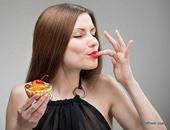 تناول السكر الزائد يعيق امتصاص الكالسيوم والفوسفور