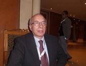 الدكتور هانى مرسى رئيس قسم جراحة العظام بجامعة الإسكندرية