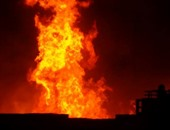 السيطرة على حريق - أرشيفية