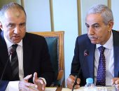 محمد السويدى رئيس لجنة الصناعة بالبرلمان وطارق قابيل وزير الصناعة