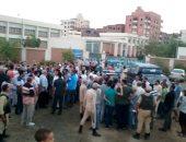 السوايسة يتظاهرون احتجاجا علي انقطاع المياة
