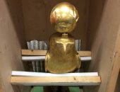 تمثال ذهبى خالص للصقر حورس