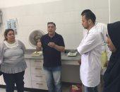 مدير ادار ة مكافحة العدوى اثناء متابعة مستشفى صدر بنى سويف
