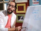 احمد امين اثناء تسجيل الحلقة