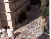 تراكم القمامة بمعهد أبو بكر الصديق
