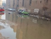 شارع صابر باشا بالهرم يغرق بمياه المجارى