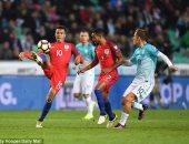 مباراة سابقة بين انجلترا وسلوفينيا - صورة أرشيفية