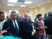 محافظ كفر الشيخ ووزير الثقافة أثناء افتتاح المركز الثقافي