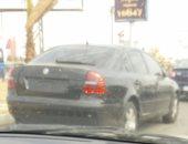 سيارة بدون لوحات