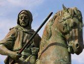 تمثال طارق بن زياد