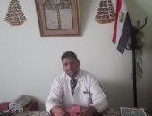 الدكتور نادر محروس مدير مستشفى الحميات بأسوان