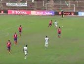 لقطة من مباراة الأهلي والقطن