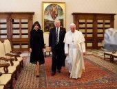 البابا وترامب وزوجته