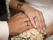 سيدة تزوج زوجها