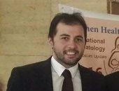 الدكتور حاتم محمد حسن استشارى النساء والتوليد