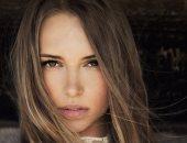 العيون العسلى مع صبغات الشعر