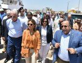 الدكتورة سحر نصر وزيرة الاستثمار خلال الزيارة