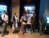 الطلاب فى زيارة متحف النيل بأسوان
