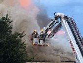 حريق ضخم فى متجر للسلع المخفضة بشرق لندن