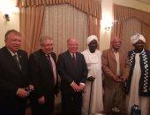 حلمى النمنم وزير الثقافة وحسن بدوى وزير الثقافة السودانى