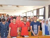طلاب جامعة عين شمس يقفون دقيقة حداد على أرواح شهداء الوطن