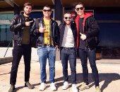 رونالدو وشقيقه وأصدقاؤه قبل التوجه إلى لندن
