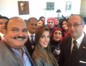 ملكة جمال الكون خلال زيارتها للقاهرة
