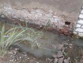 مياه الصرف تغرق شوارع القرية