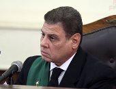 المستشار محمد شيرين فهمى رئيس المحكمة