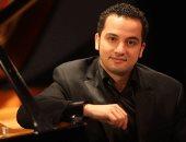 عازف البيانو العالمى محمد شمس