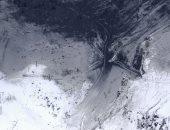 بركان يثور وسط الجليد