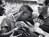 بكاء بيليه بعد الفوز بكأس العالم 1958