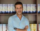 الكاتب خالد حسينى