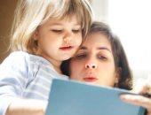 مشاهدة الكرتون تؤثر سلبا على الطفل