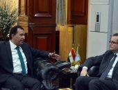 محافظ الأقصر يبحث مع سفير فرنسا تشجيع حركة السياحة الفرنسية