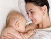 لبن الأم لا تنقطع إفادته للطفل فى العام الثانى