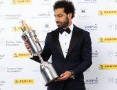 محمد صلاح يفوز بجائزة أفضل لاعب فى الدورى الإنجليزى