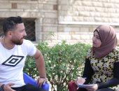 محمد عبد الله مع محررة اليوم السابع